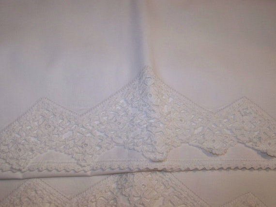 Vintage  white crocheted PillowCases set, Standard size,  French chic