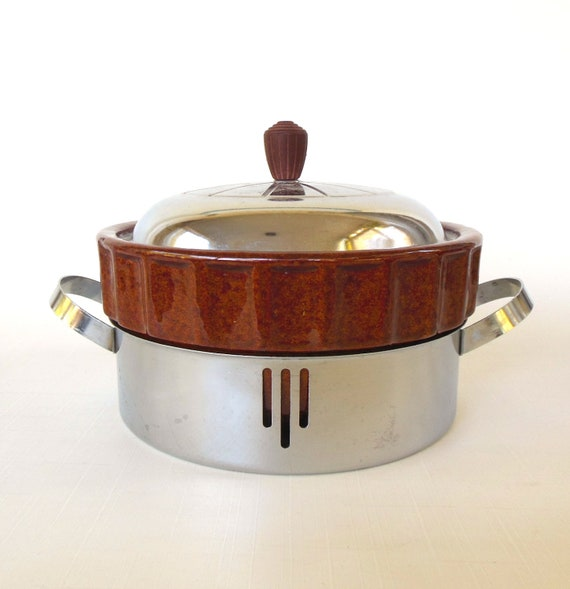 Brown Betty Covered Casserole Serving Dish Stand Rack Chrome Art Deco