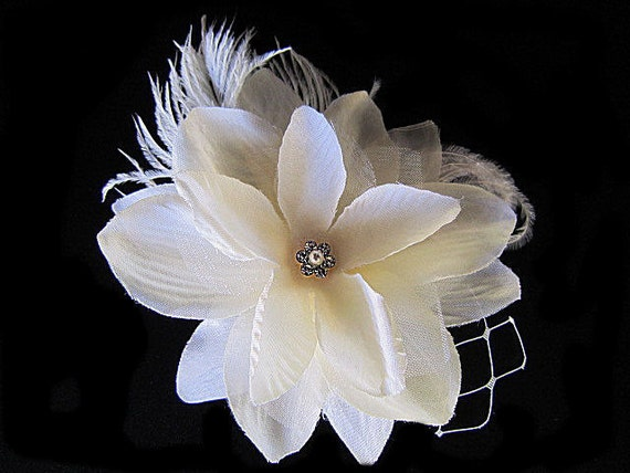 Jane - Ivory lower Fascinator Hair Clip With Ostrich Feathers -  Rhinestones - beads