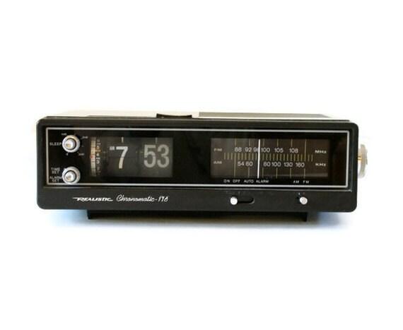 Vintage 1970s Flip Clock Radio Alarm Clock By Flumestreet