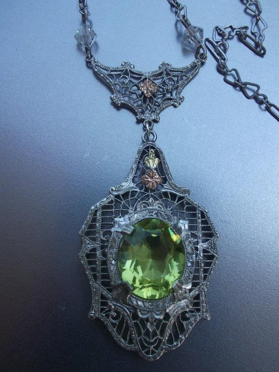 Art Deco  Peridot Green Rhodium Filigree Crystal necklace