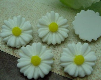 10Pcs(10mm) Beautiful Sunflower Cabochon - White./Yellow ( SU1302)