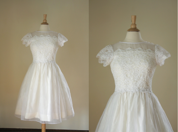 vintage lace wedding dress// short sleeve party dress