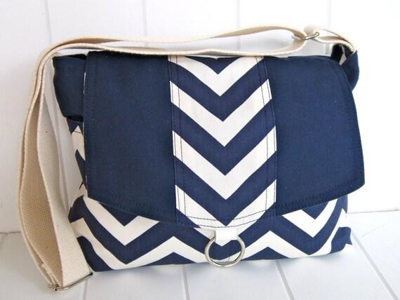 Chevron messenger bag/white/navy blue/ipad messenger bag, cross body bag/shoulder bag