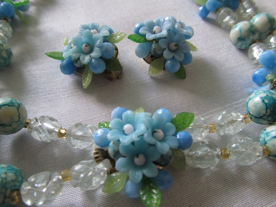 Vintage Plastic  Blue Forget Me Nots Flower Necklace and Earring Set