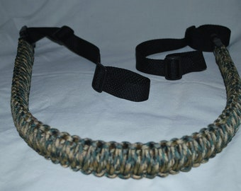 """Paracord Gun Sling - Woodland Camo 550 Paracord with 1"""" Backpack Buckles"""