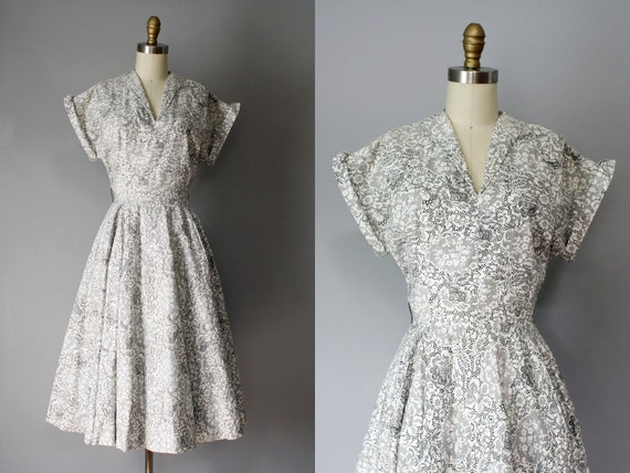 late 1940s early 1950s LACE PRINT cotton day dress, black and white dress M