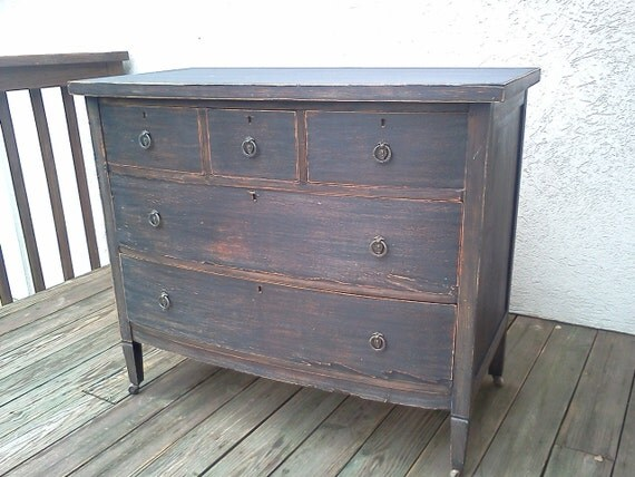 Chic and Shabby Black Dresser