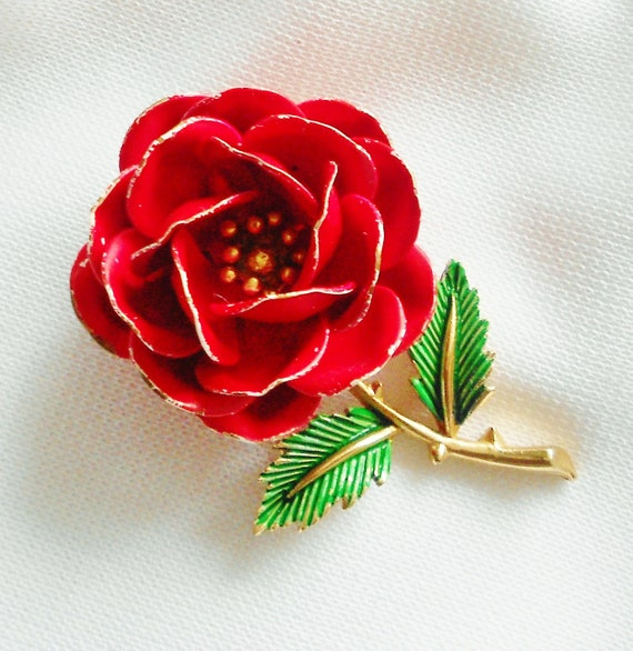 Red Rose Vintage Crown Trifari Enamel Brooch