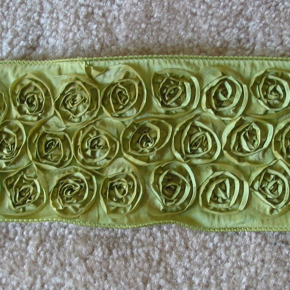 2 yards of Green Flowered Rosette Wired Ribbon