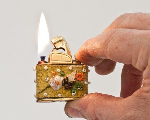Working 1950s  Evans Petite Purse Lighter