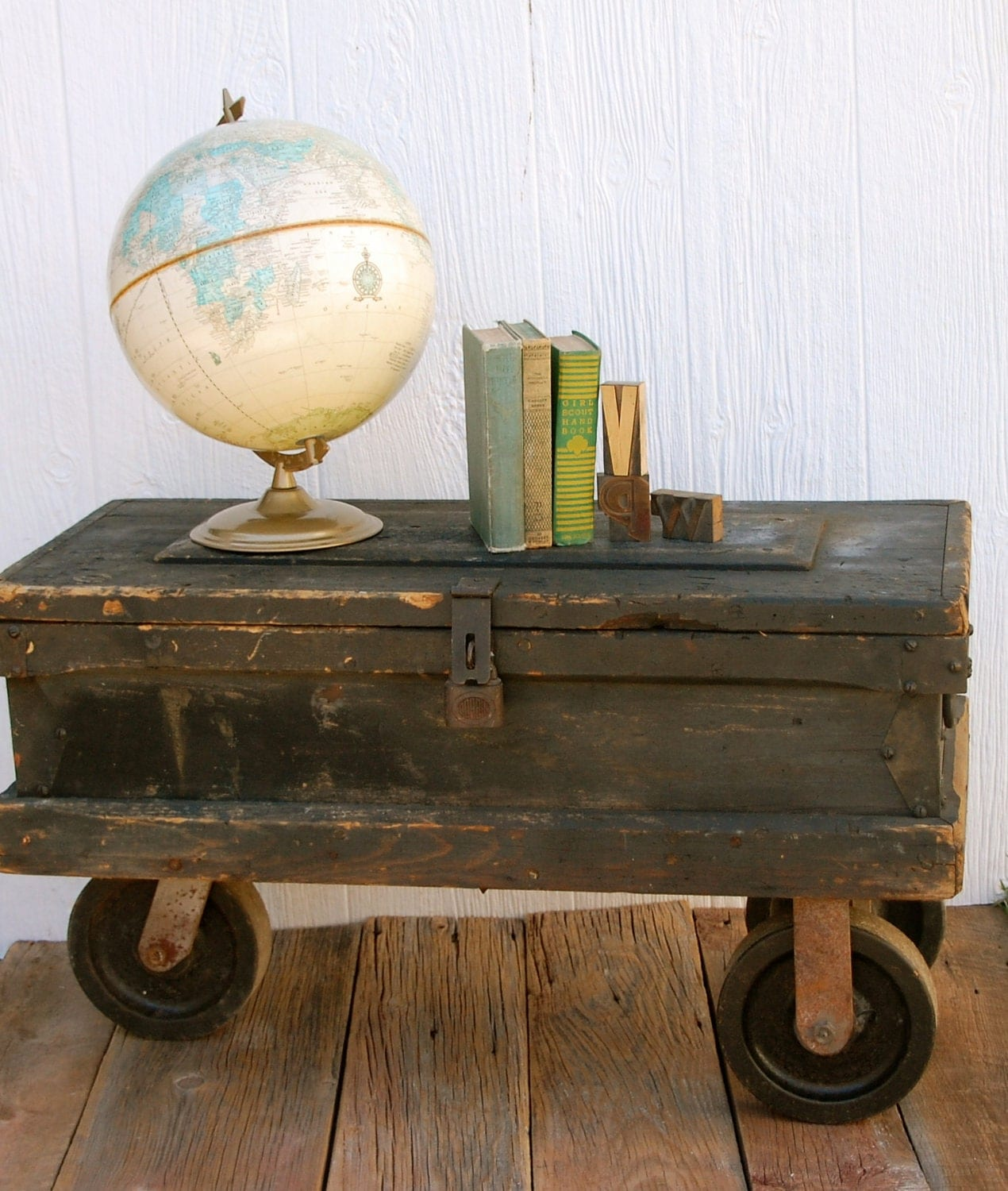 Vintage Carpenters Industrial Toolbox Chest Coffee Table With