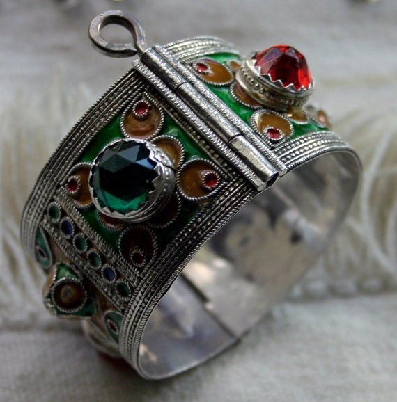 MOROCCAN Silver Vintage Cuff Bracelet. Traditional Enamel Technique. Fastens with PIN.