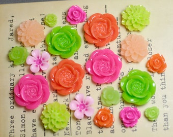 20x Resin Flower Cabochons - Fuchsia/Orange/Lime