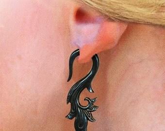 Tribal Fake Gauges - Sarahs Curls - Black Horn Earrings - H24