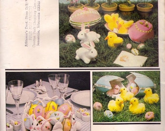 Vogue 2654 Easter Craft Pattern, UNCUT, Centerpiece, Egg, Bunny, Ducks and Chicks
