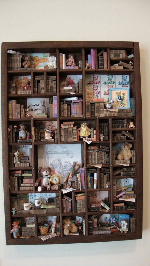 Miniature mini libraries thematic collection of teddy for Mini library at home