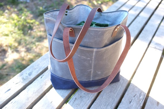 ON SALE | Waxed Canvas Tote - Front Pockets - Charcoal Grey - Leather Straps - Organic Cotton Lining