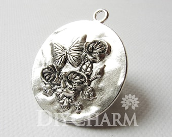 Antique Silver Butterfly On Flower Round Charms 43x43mm - 5Pcs - DF23501