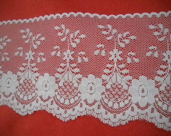 Vintage Scalloped white lace-  65mm  wide - 2.55inch wide