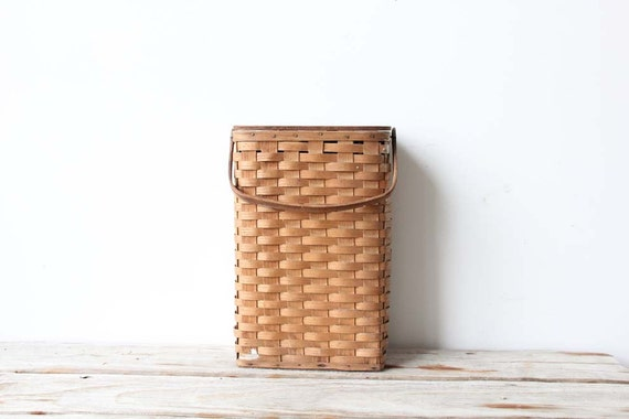 Woven Wine Picnic Basket with Wood Hinged Top