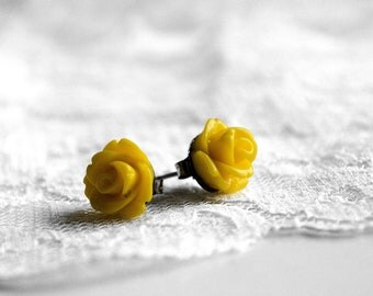 Lemon Yellow Resin Rose Earrings - 10mm - flower earrings - rose studs - flower studs - nature inspired jewelry - bridesmaid jewelry