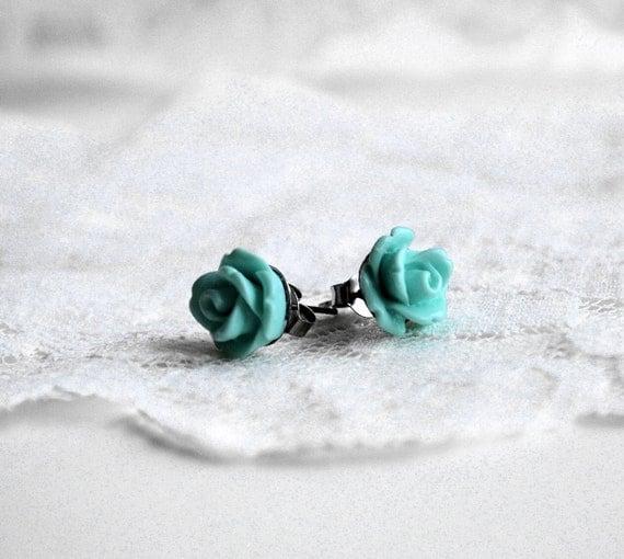 Seafoam Mint Green Rose Earrings -10mm - flower earrings - rose studs - flower studs - nature inspired jewelry - bridesmaid jewelry