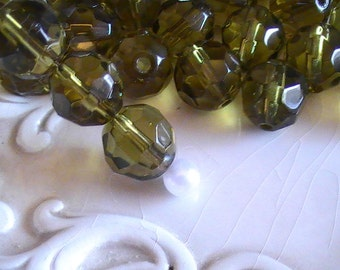 Beads Glass Beads Faceted Round 12MM Olive Green (10pc)