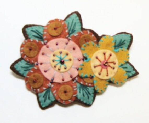 RTS Folk Art Flowers Felt Brooch Embroidery & Beads