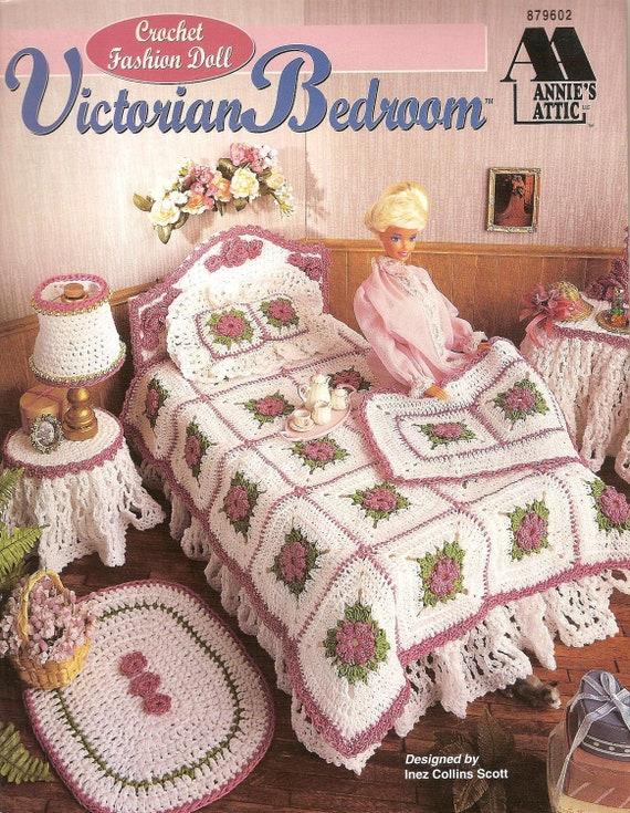 Crochet Star Wars R2d2 Free Pattern Amigurumi : Crochet Pattern Fashion Doll Bedroom Set Pattern Fashion Doll