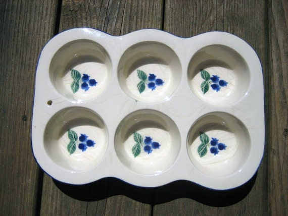 Ceramic Muffin Pan White With Blueberry Design Makes 6 Signed