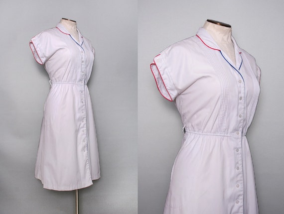 SALE 1970s White Shirtwaist Dress / Vintage 70s Red White Blue Dress / Medium