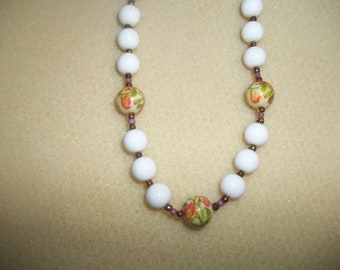 Sweet White Beaded Floral Onate Necklace