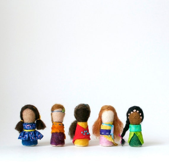Personalized Worry Dolls. Customizable One of a Kind Needlefelted Dolls - Set of 5
