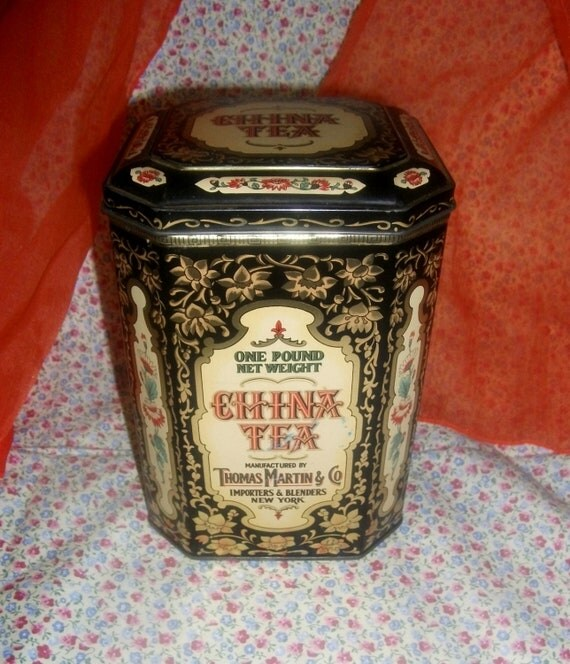 Reserved for Nancy O.Vintage China Tea Tin with Hinged Lid Designed by Daher made In England ONLY 10 USD