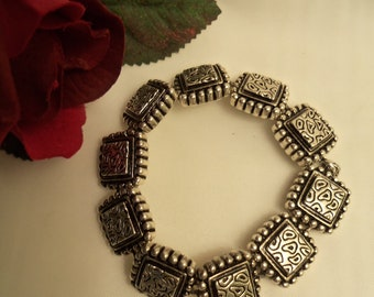 Sale- UNIQUE Women's Vintage Square Metal Links Bracelet w/ EASY Hidden Magnetic Clasp- Birthday Gift Her Mom Mum. Women's Jewelry Jewellery
