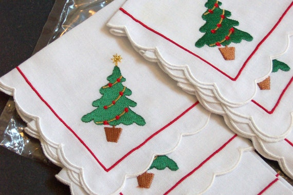Cocktail Napkins Christmas Linen, New in Bag, Set of Six, Christmas Tree, Vintage Holiday Party