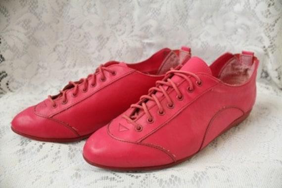 80s Unique Hot Pink Shoes Size 8