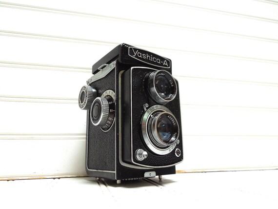 Vintage Camera Yashica A - Twin Lens Reflex TLR Camera
