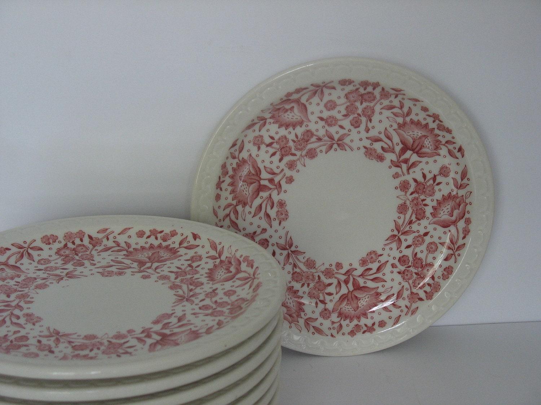 How Do You Identify Vintage Syracuse China Patterns