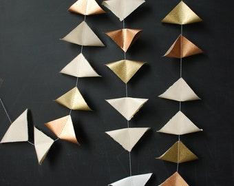 6' Fine Paper Garland