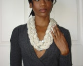 Oatmeal Chunky Wool Hex Nut Statement Necklace/Scarf