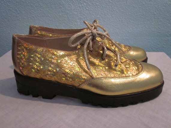 1970s vintage shoes size 8 gold fish scale disco by for Fish scale boots