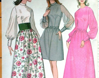 """McCalls Dress Pattern No 9461 Vintage 1960s Size 10 12 Bust 32 1/2"""" 34"""" Long Sleeves Evening Gown Fitted Bodice Back Zipper Two Lengths"""