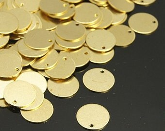 S00883 - 20  Brass coin shaped circular pendants / charms,/ beads unplated Color  10x0.5mm