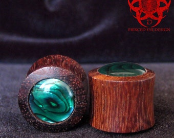 9/16 Green Paua Inlay Wood Plugs, Ear Plugs, Wooden Ear Gauges, Organic Ear Plugs, Ear Gauges, Green Ear Plugs, Wedding, Pierced Eye Design