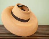 Late 1940s Pink Summer Straw Hat with Grossgrain Ribbon and Opening at Top