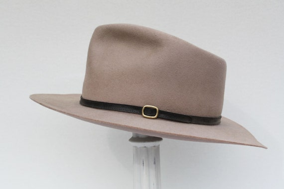 Golden Gate Hat