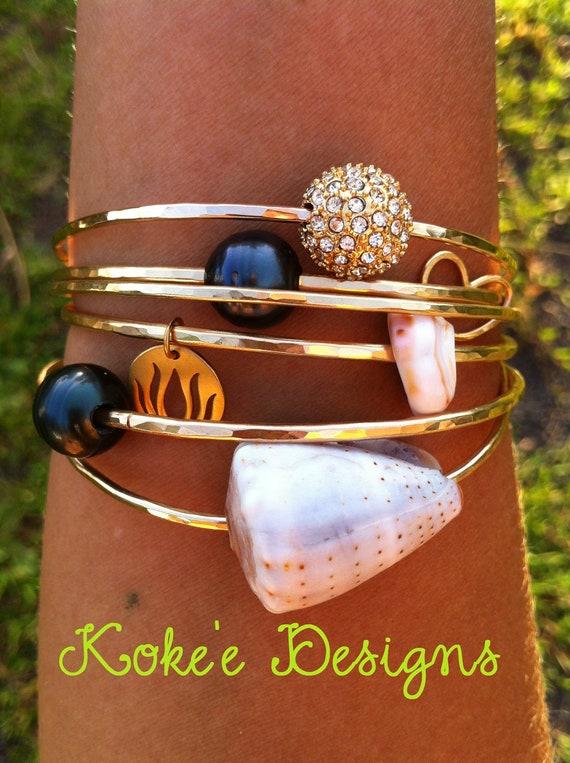 Gold Pearl, Shell, Glass bangle- pearl bangle, shell bangle, charm bangle, beach jewelry, beach bangles, aloha, hawaii, kauai