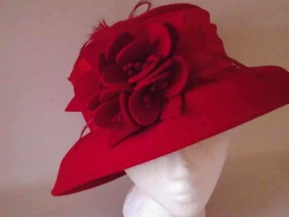 Vintage Red Hat ladies wide brim flower & feathers English Royalty style